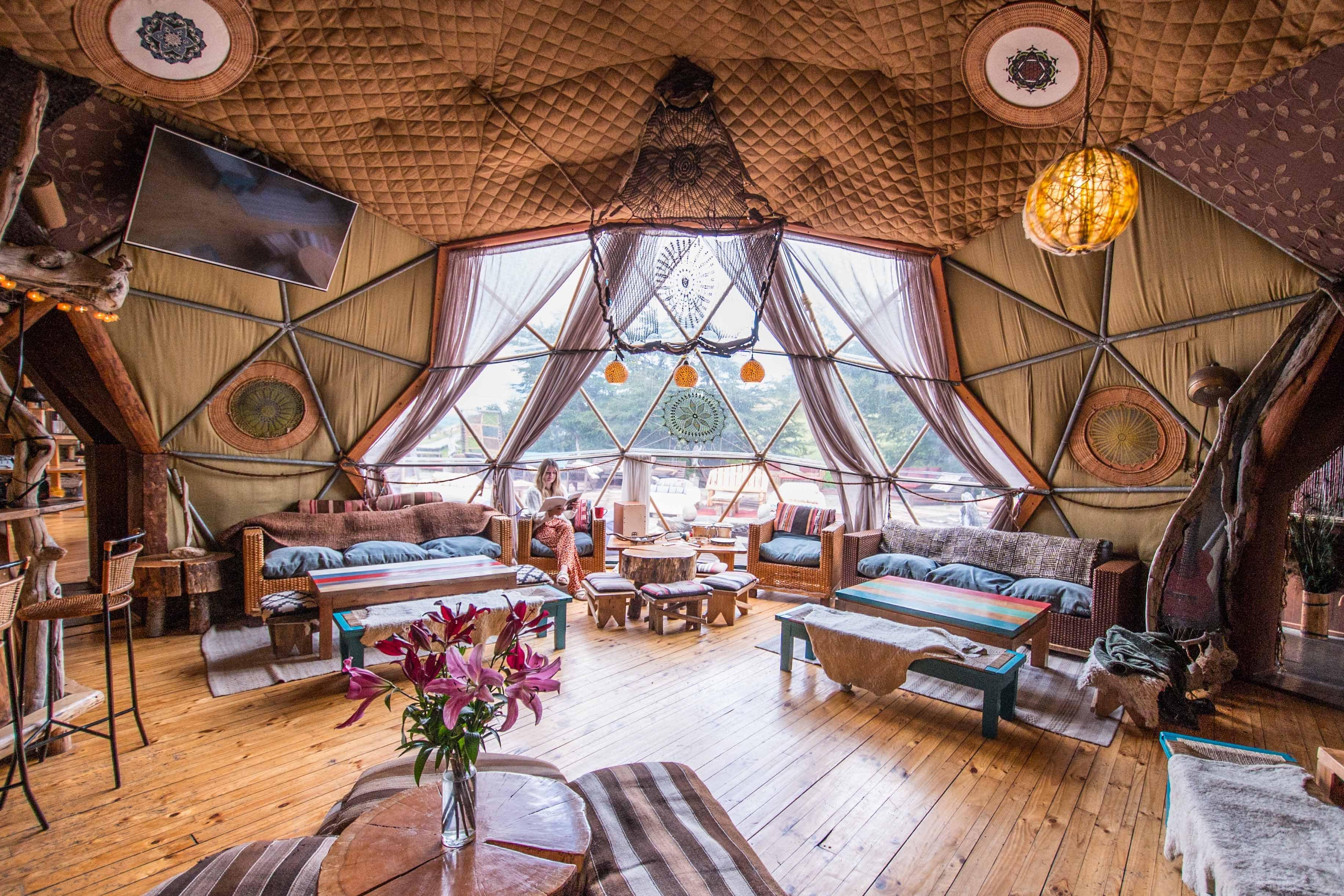 Bar Dome