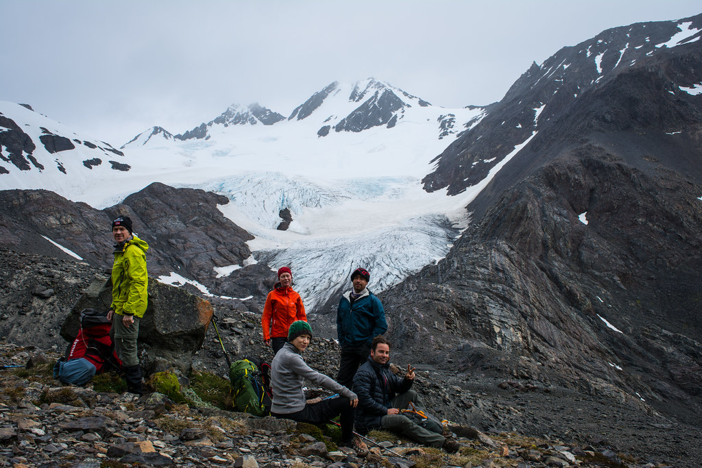 Group picture at the Amistad glacier