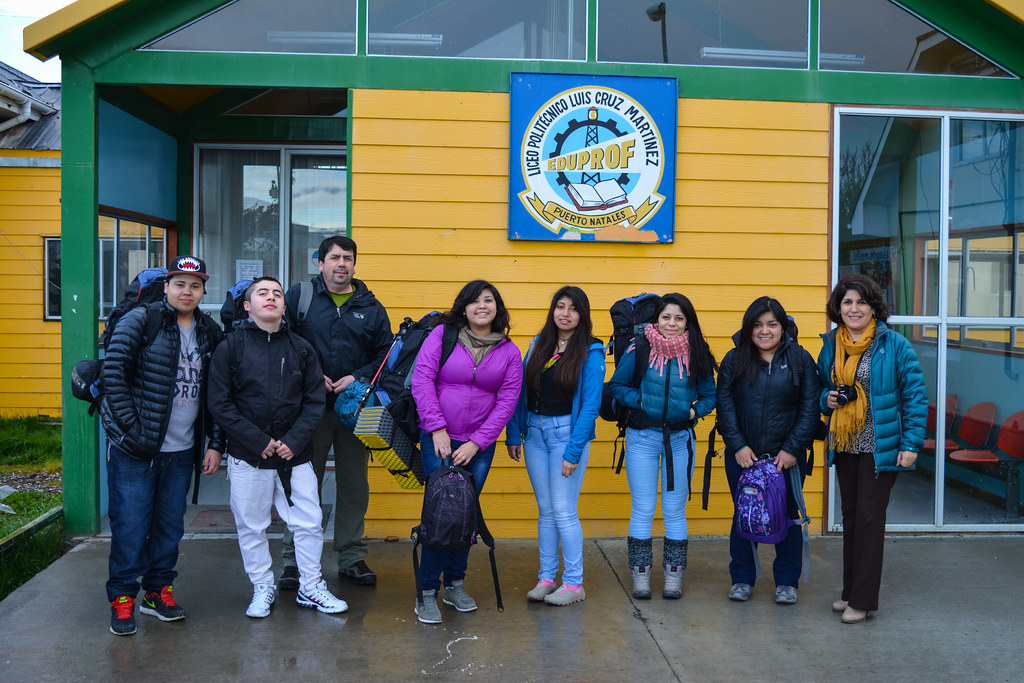 Puerto Natales students before their EcoCamp intern experience