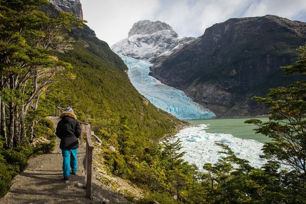 Walking towards the Serrano glacier....
