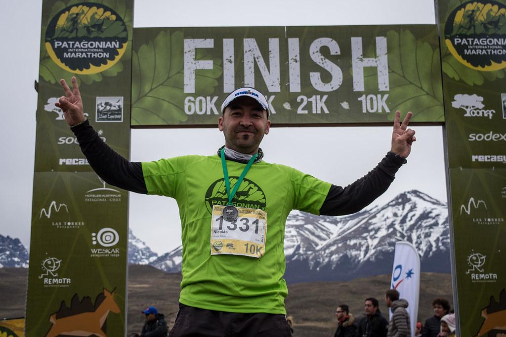 Nicolas Araya running the Patagonian International Marathon